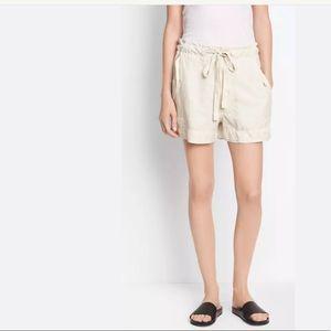 Vince utility cream shorts size XS